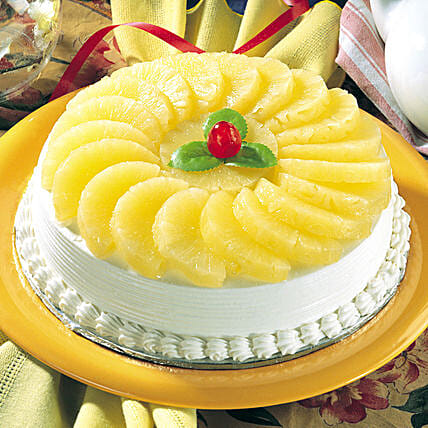 Fresh & Creamy Pineapple Cake:Send Pineapple Cakes for Valentine's Day