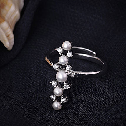 Fuax Pearls & CZ Stone Ring By
