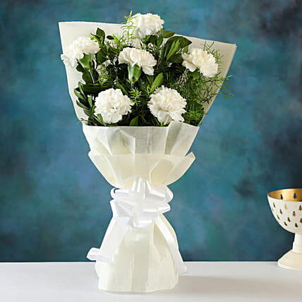 Online Order White Carnations Bunch