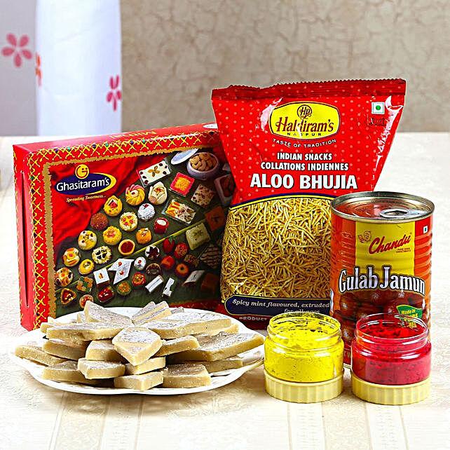 Gulab Jamun With Kaju Sweets And Aloo Bhujia