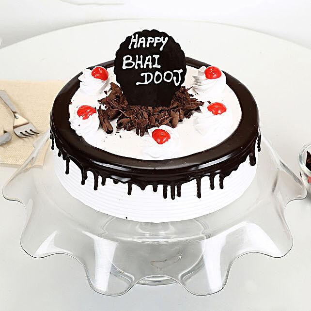 Online Bhai Dooj y Black Forest Cake:Bhai Dooj Cakes