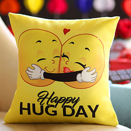 Happy Hug Day Cushion:Hug Day Gifts