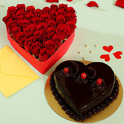Red Roses and Cake Arrangement Online:Heart Shaped Flowers