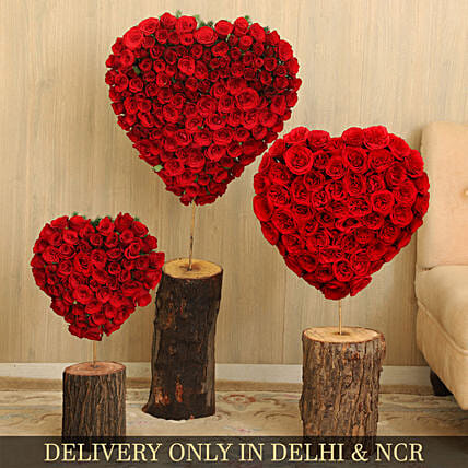 Heart Shaped Red Roses Arrangement