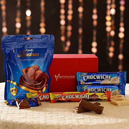 Chocolate Bar in Red Box Online
