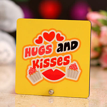 Online Hug and Kisses Table Top
