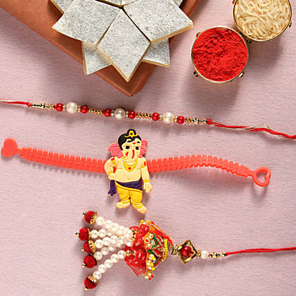 Sweets with Family Rakhi Set Online