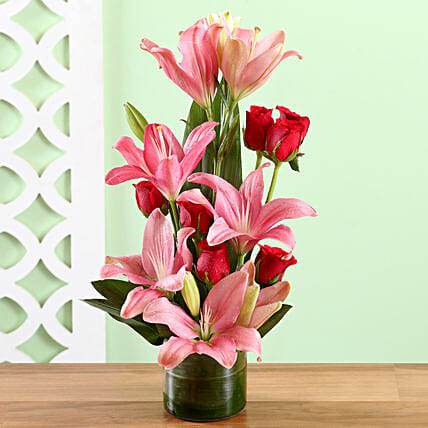 Buy Online Lilies and Roses
