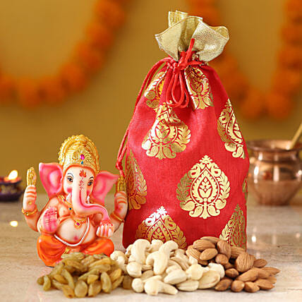 best diwali dry fruits with idol for parents