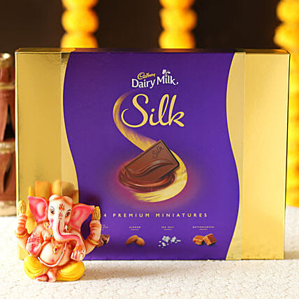 idol with chocolate for diwali online