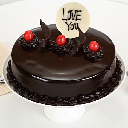 Truffle cake with Edible Topper:Eggless Cakes for Anniversary