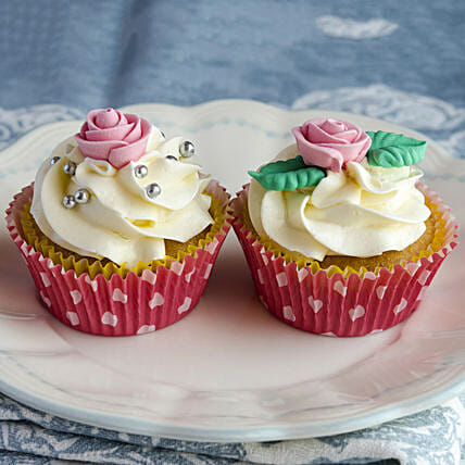 Lovely Rose Paradise Cup Cake