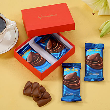 online chocolate in red box for birthday:Send Luvit Chocolates