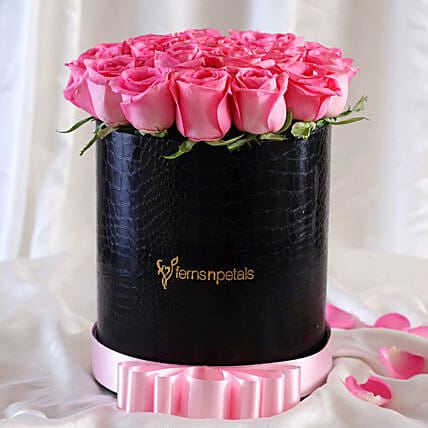 Luxury Roses FNP Style Arrangement For Mom:Flowers In box