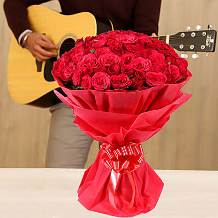 Online Melodious Tunes & Red Roses