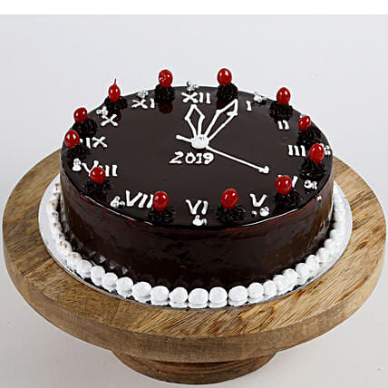 clock printed cake for new year:New Year Cake