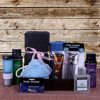 Father's Day Gift Hamper of  Essentials:Perfumes for Birthday Gifts