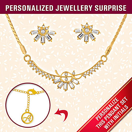Personalised Stylish Gold Pendant Set