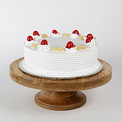 Pineapple Cakes Half kg Eggless:Cake Delivery In Lucknow