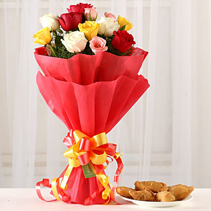Online Mixed Roses & Gujia Combo