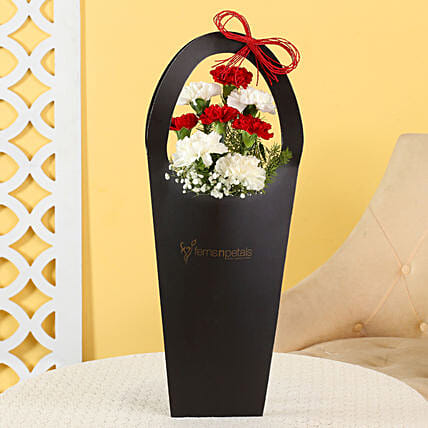 carnation flower  for him:Send Flowers In Sleeve