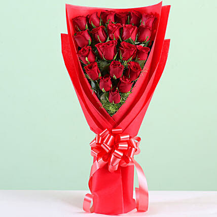 Red Roses Bouquet Online:Red Flowers