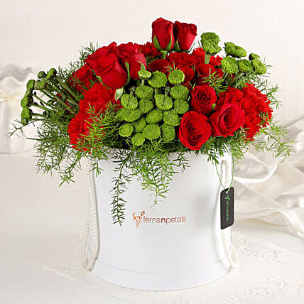 Online Red Affair Flower Box:Flowers In box