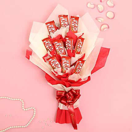 Red And White Kitkat Choco Bouquet