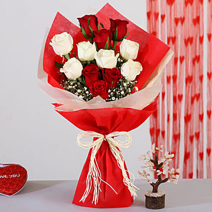 Red & White Roses Bouquet With Rose Quartz Wish Tree