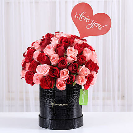 combo of red n pink roses arrangement for couple
