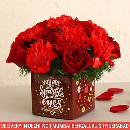 Online Red Flowers Bunch:Carnations