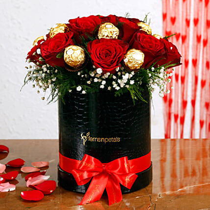 Red Roses Ferrero Rocher Arrangement In Round FNP Box