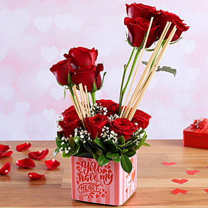 flower in vase arrangement for vday online