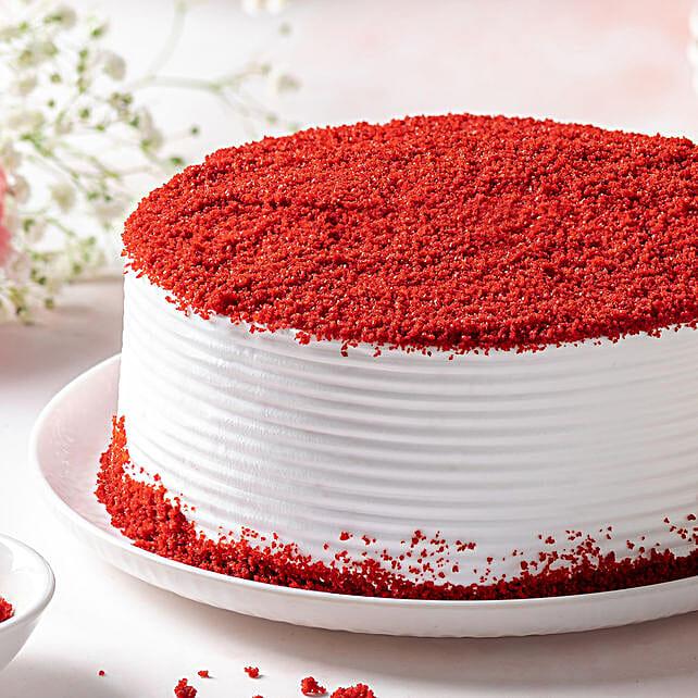 Red Velvet Fresh Cream Cake Half kg Eggless