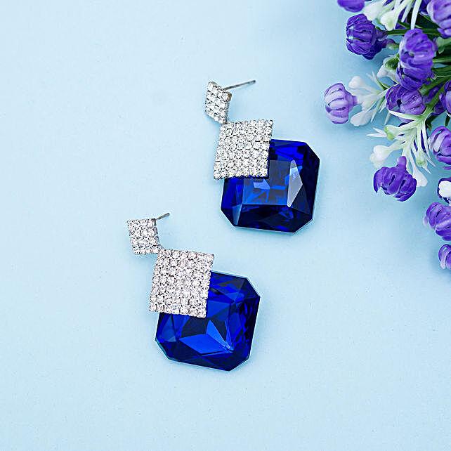 blue stud earings
