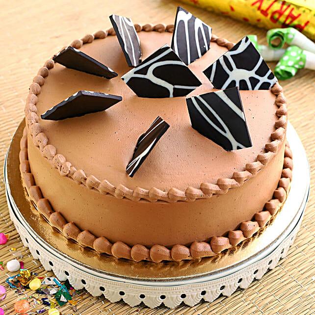 Rich Chocolate Fantasy Cake
