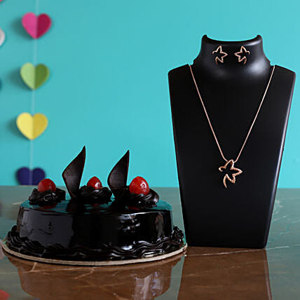 Rich Truffle Cake Pretty Necklace Set
