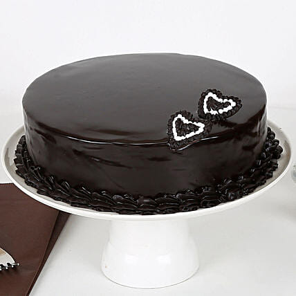 Rich Velvety Chocolate Cake Half kg:Gift Delivery in Kamrup