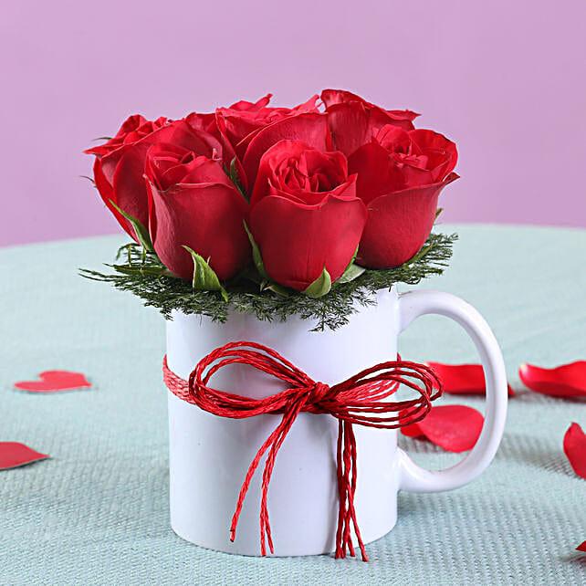 Red Roses in Mug Online:Christmas Flowers