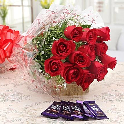 Bouquet of red roses:Send Flowers to Washim