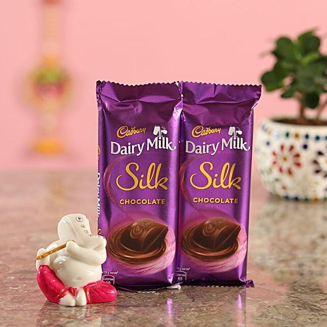 Silk Chocolate With Ganesha Idol:Diyas