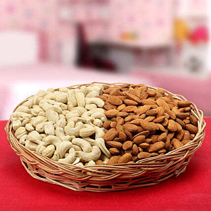 Souvenir of Love-Round Basket 9 inches,Cashew nuts 500gms,Almonds 500gms
