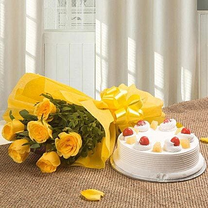 Spectacular - Bunch of 6 Yellow Roses with Pineapple Cake 500gms.:Cakes Combo