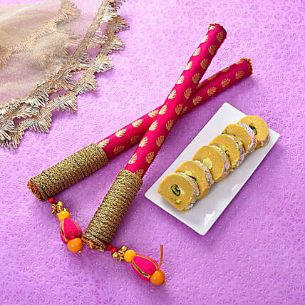 Stylish Dandiya Sticks & Batisa Slice Combo