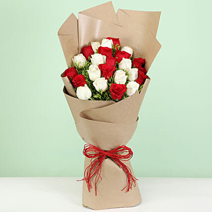 elegant red n white carnations bouquet for her