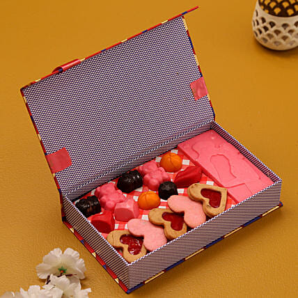 Send Sweets For My Love BoxCombo:Candies