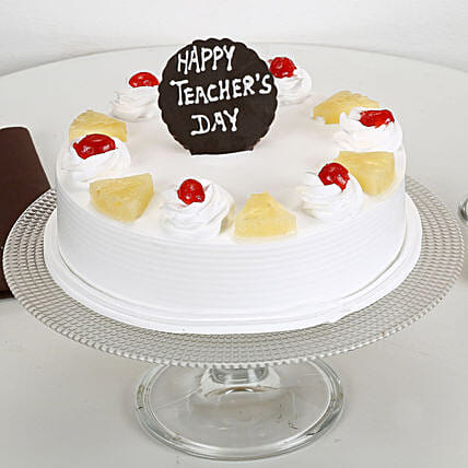 Pineapple Cake For Teachers Day