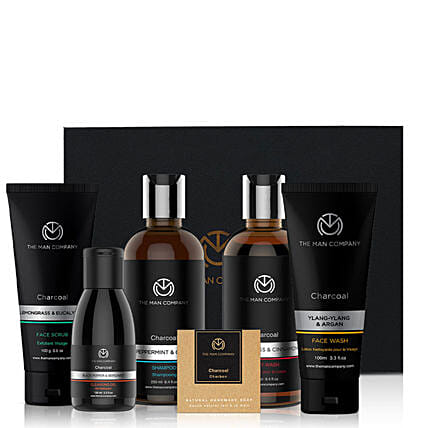 The Man Company Charcoal Grooming Kit:Send Cosmetics & Spa Hampers