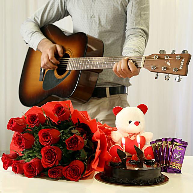 OnlineLove Romantic Tunes Combo:Flowers & Guitarist Service