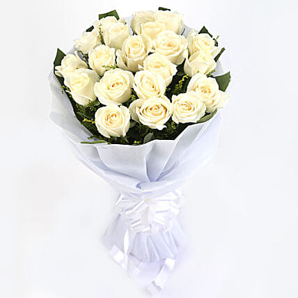 Thoughtful Sentiments - Bunch of 12 white roses.